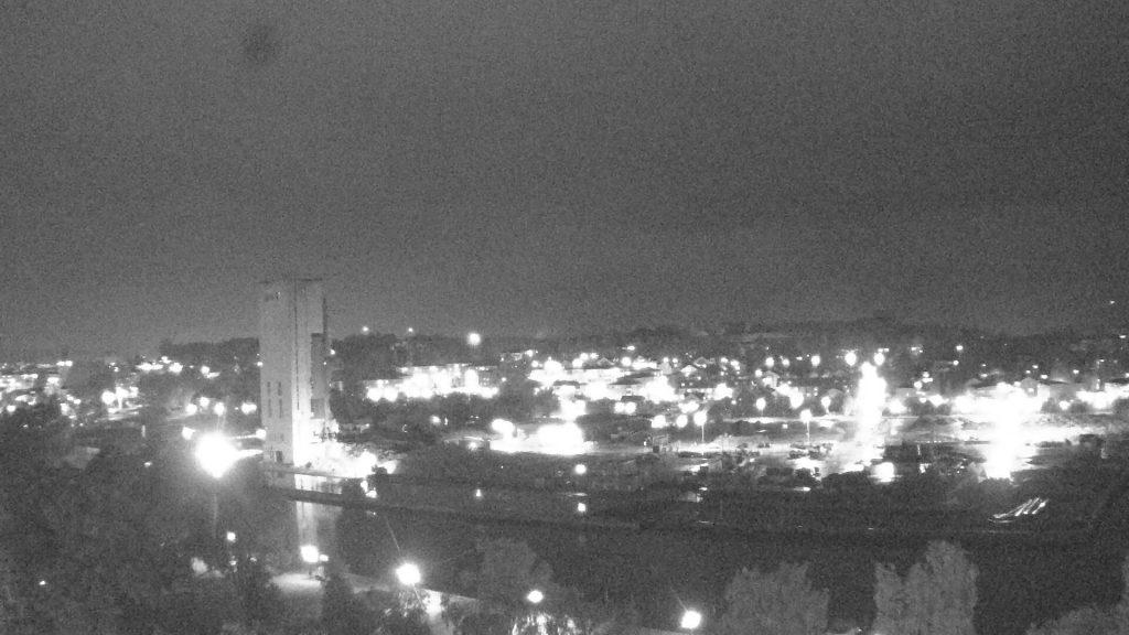 21:10 stod den sista silon kvar.